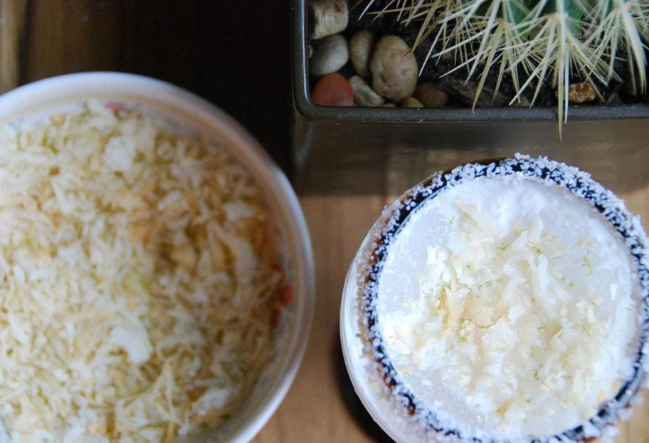 margarita de coco con limón