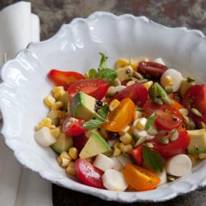 pati jinich ensalada de aguacate y palmitos