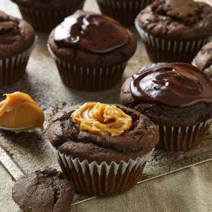 Pati Jinich cupcakes de chocolate con cajeta