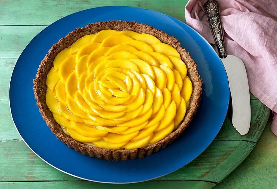 Pati Jinich tarta de nuez con mango
