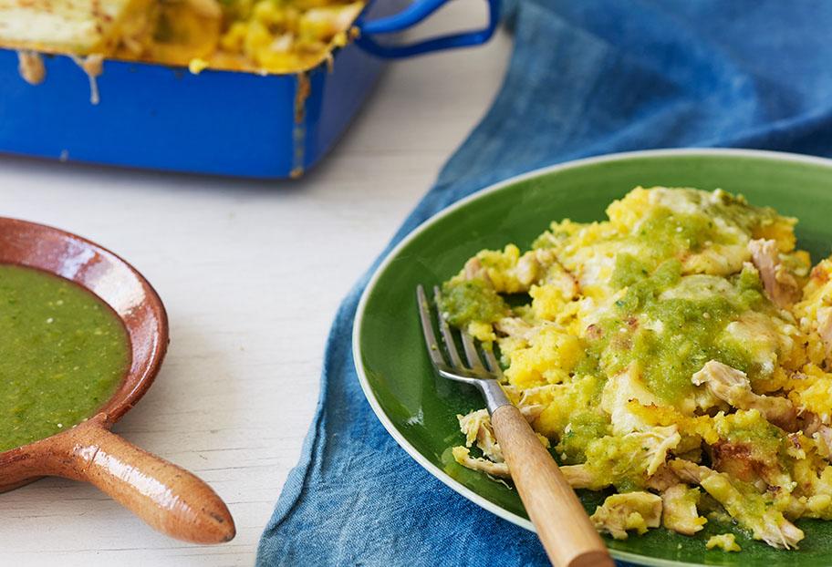 Pati Jinich cazuela de tama de pollo en salsa verde