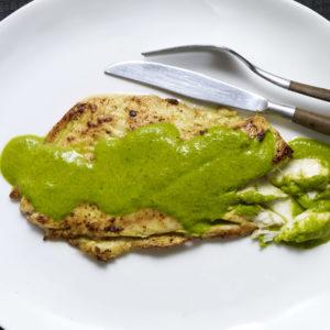 Pati Jinich pescado en salsa verde