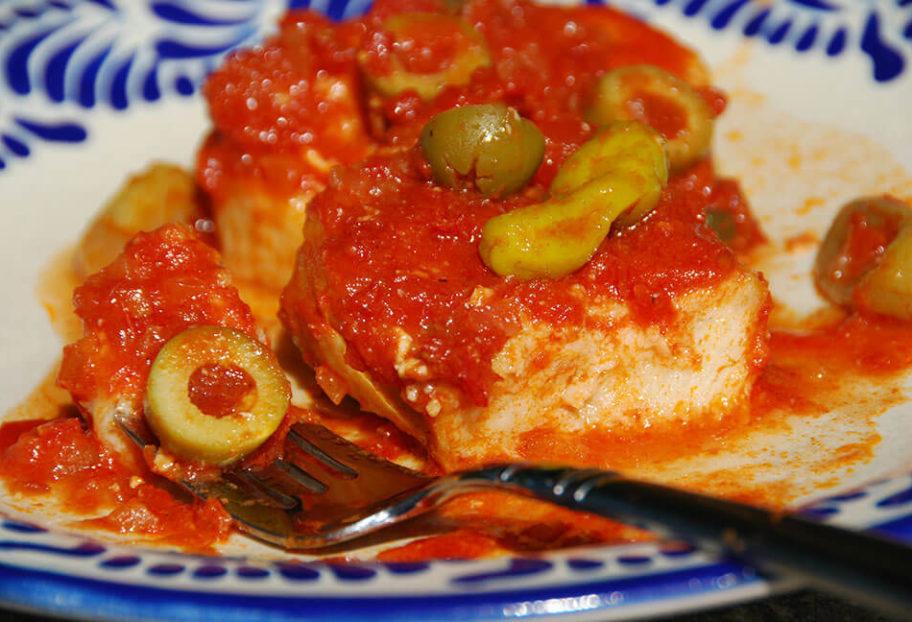 pescado gefilte a la mexicana