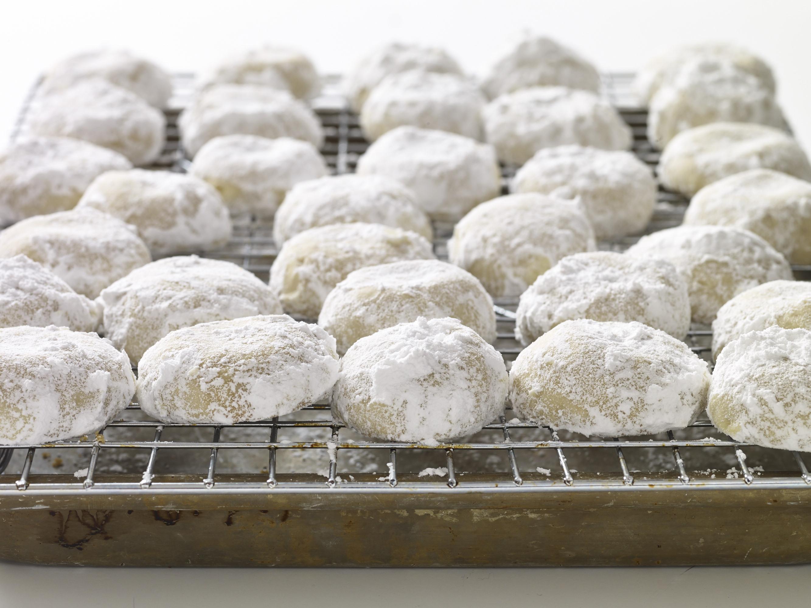 Mexican wedding cookies or polvorones