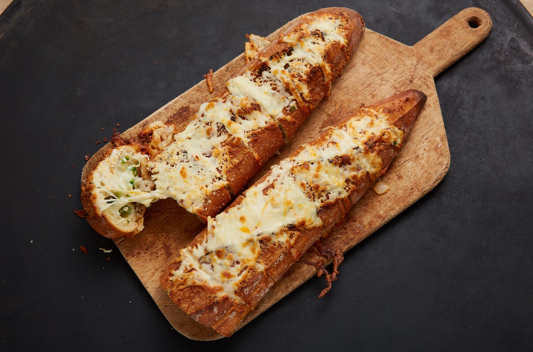 Jalapeño and Garlic Cheesy Bread