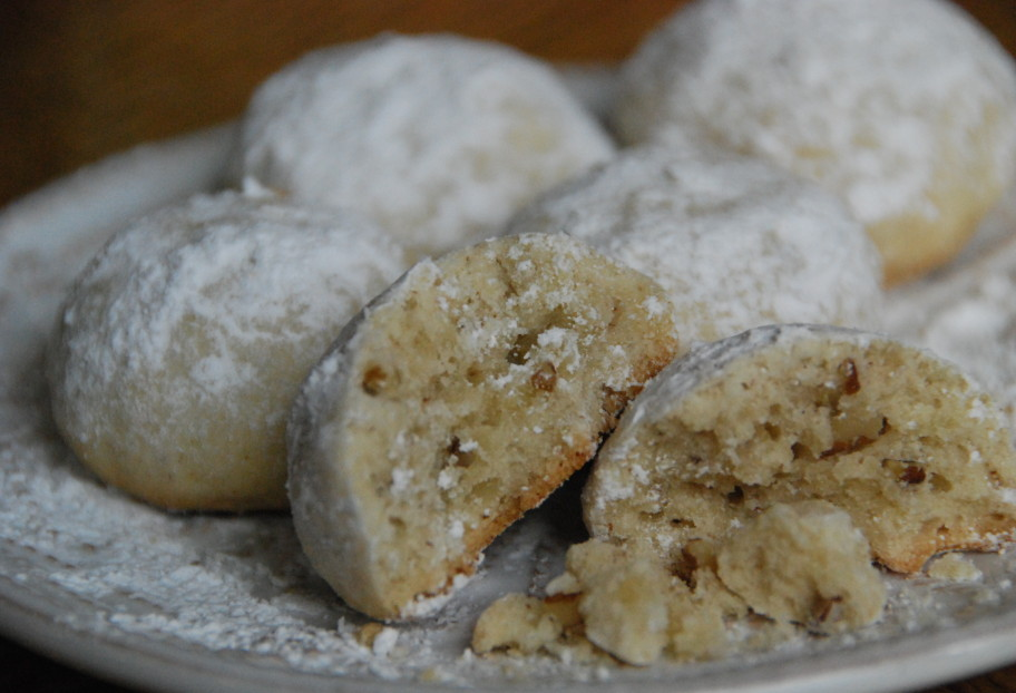 Authentic mexican cookie recipes for Traditional mexican wedding cookies