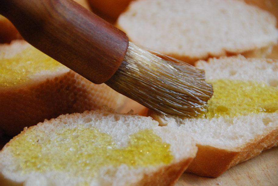 brushing baguette
