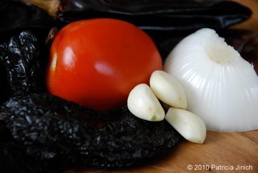 anchos, tomato, garlic, onion