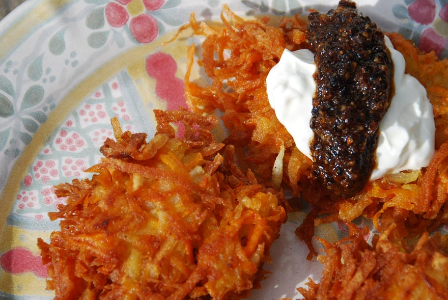 Potato, Sweet Potato and Granny Smith Latkes with Salsa Macha and Fennel Crema