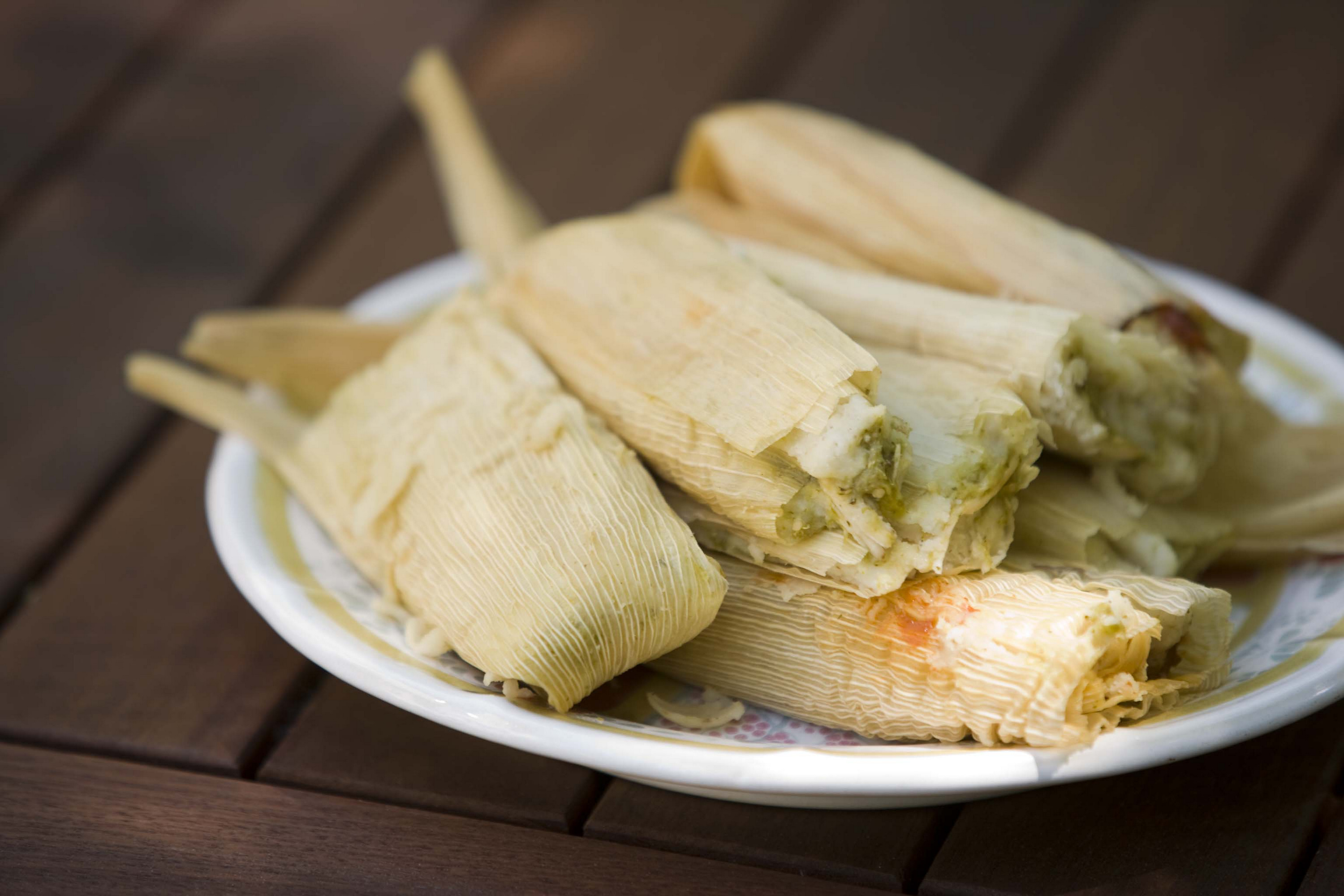 chicken in green salsa tamal