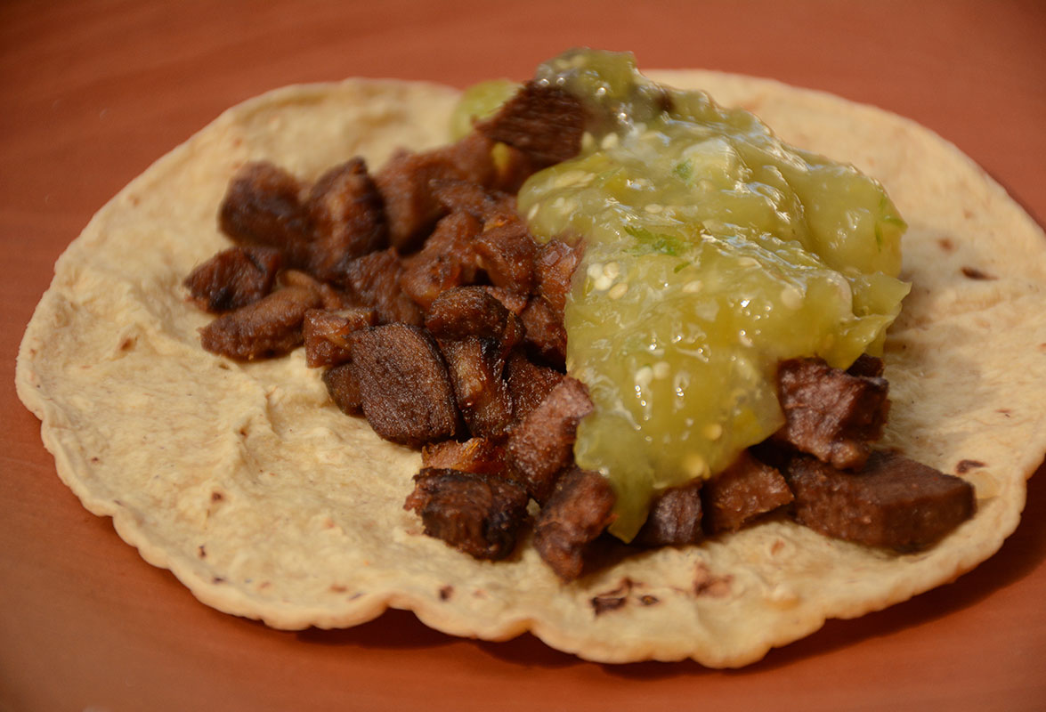 tacos de lengua with salsa