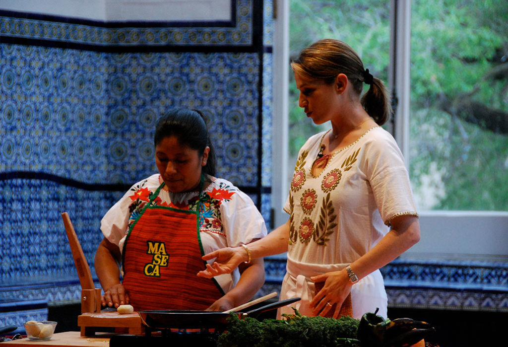 Pati and Rosa making sopes at the Mexican Cultural Institute