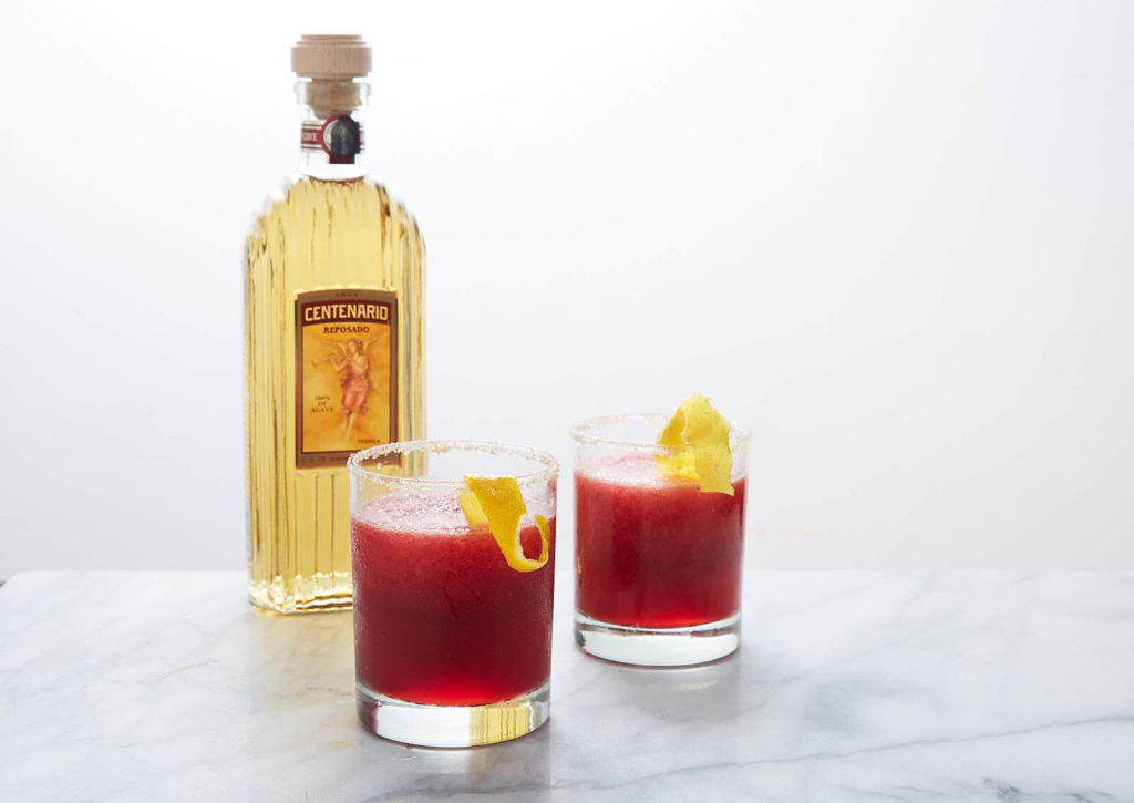 Spiced Up Pomegranate, Chile y Limón Cocktail